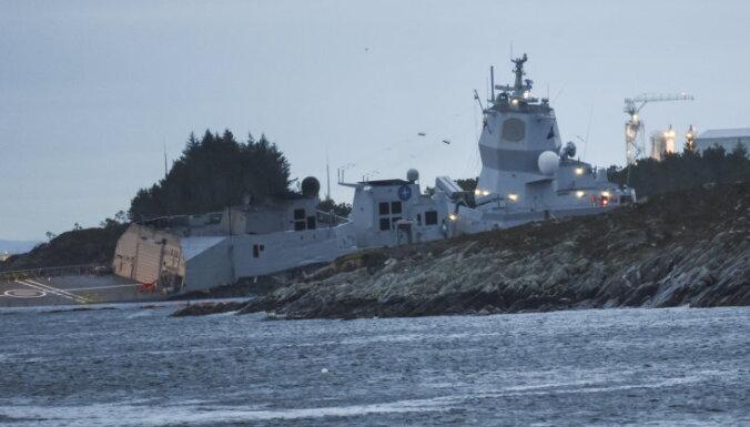 Возвращавшийся с учений фрегат НАТО столкнулся с танкером
