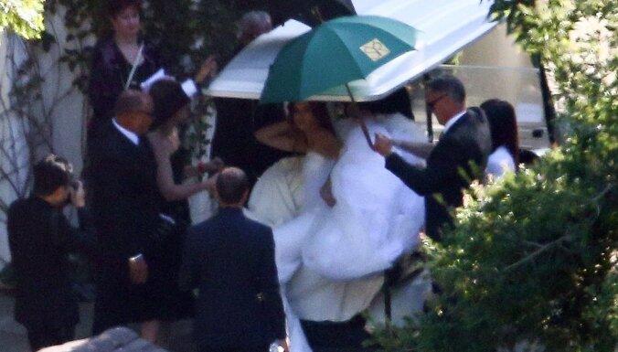 Foto: Arnolda Švarcenegera meita apprecējusies ar aktieri Krisu Pratu