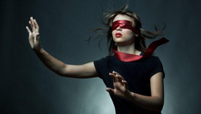"""""""Мне нужна мужская кровь, иначе я ослепну"""". История женщины с синдромом Шегрена"""