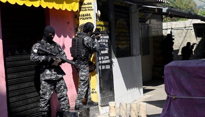 В Рио-де-Жанейро в перестрелке с полицией погибли 25 человек