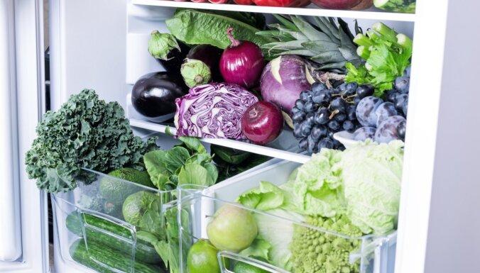 Augļi un dārzeņi pūst arī ledusskapī