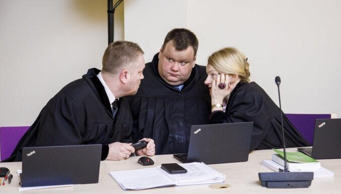 Суд: Прокуроры по делу обрушения в Maxima не выполняли обязанности должным образом