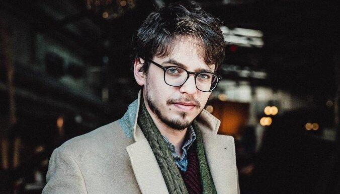 Pianisma zvaigzne Likā Debargs un 'Kremerata Baltica' uzstāsies Dzintaru koncertzālē