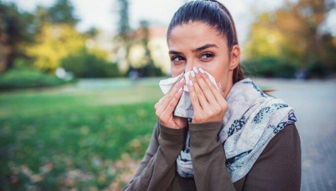 Pieci iemesli, kāpēc alerģijas ik gadu kļūst arvien nepanesamākas