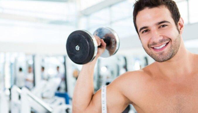 Par kardio un spēka treniņu apvienošanu. Atbild fitnesa treneris