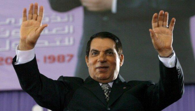 Швейцария заморозила активы Каддафи, Мубарака и бен Али