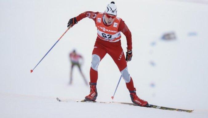 Slēpotājam Bikšem devītā vieta FIS kategorijas sacensībās Austrijā
