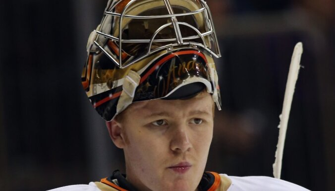 В НХЛ повторен вратарский рекорд 40-летней давности