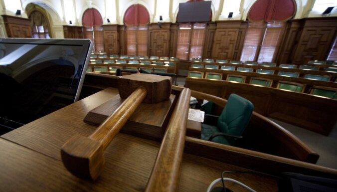 Politiķiem dažādi viedokļi par Krūmanes atkāpšanos no FKTK vadītājas amata