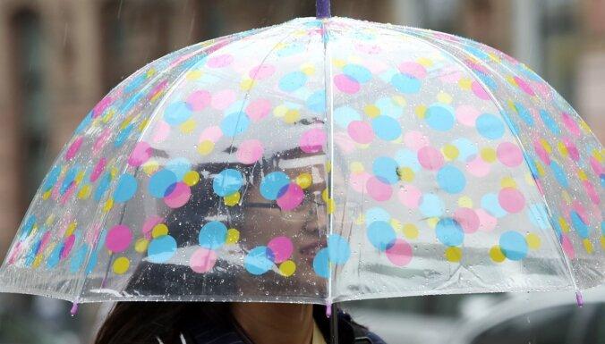 Sestdien Latgalē un Vidzemes austrumos gaidāmas pērkona lietusgāzes