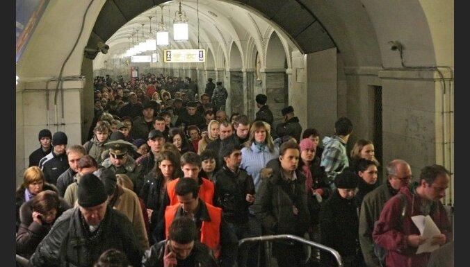 Pašnāvnieču sarīkotajos sprādzienos Maskavas metro 38 bojāgājušie (17:50)