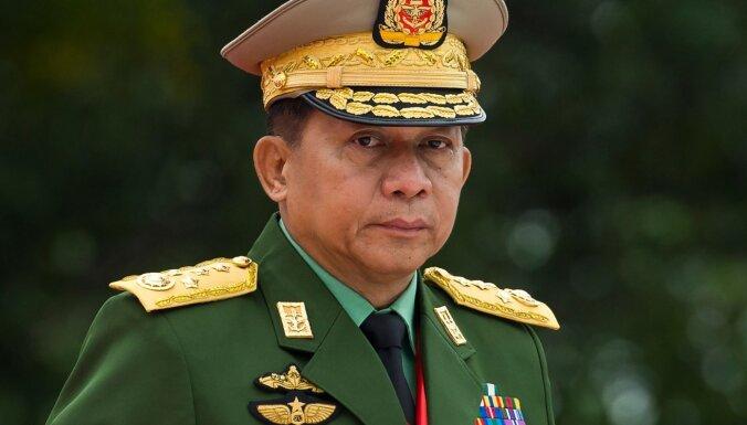 """Глава путчистов Мьянмы назвал Россию """"подлинным другом"""""""