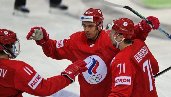 ФОТО, ВИДЕО: Россияне на последней минуте вырвали победу в стартовом матче ЧМ с Чехией