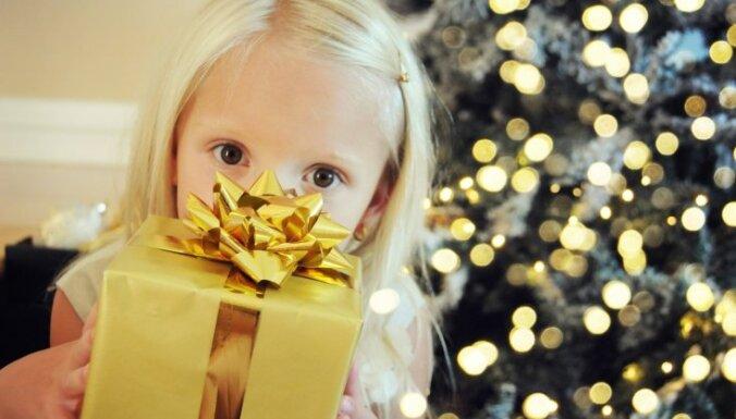 Ziemassvētku dāvana bērnam: pieci zelta vērti likumi tās izvēlei