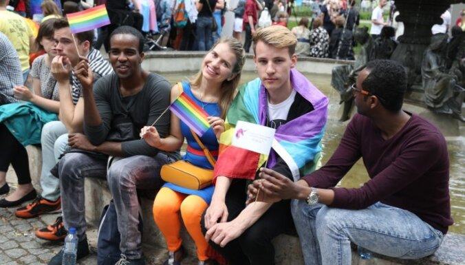 Литва предоставила убежище двум геям из Чечни