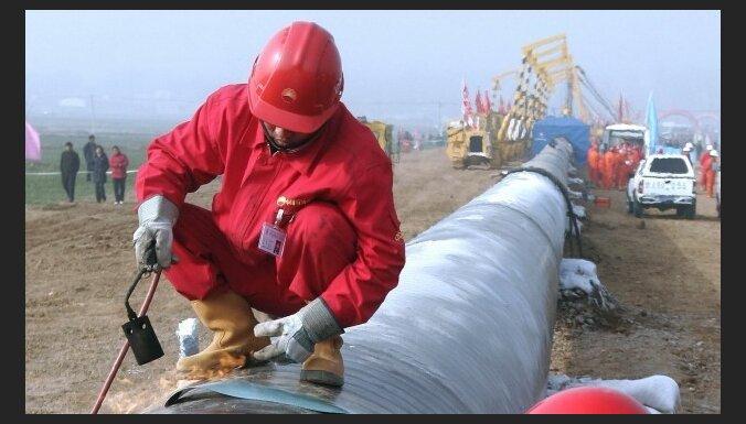 Ukraina un Krievija vienojušās par naftas piegādēm ES