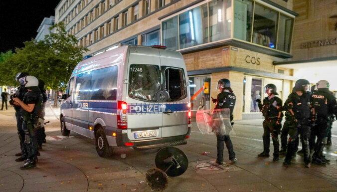 Во время беспорядков в Штутгарте были ранены 19 полицейских