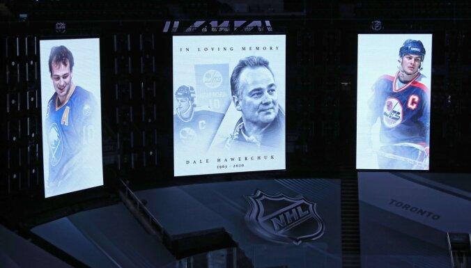 Mūžībā aizgājis leģendārais hokejists Deils Haverčuks