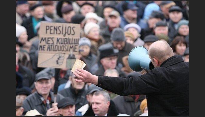 В Литве митинговали против сокращения пенсий