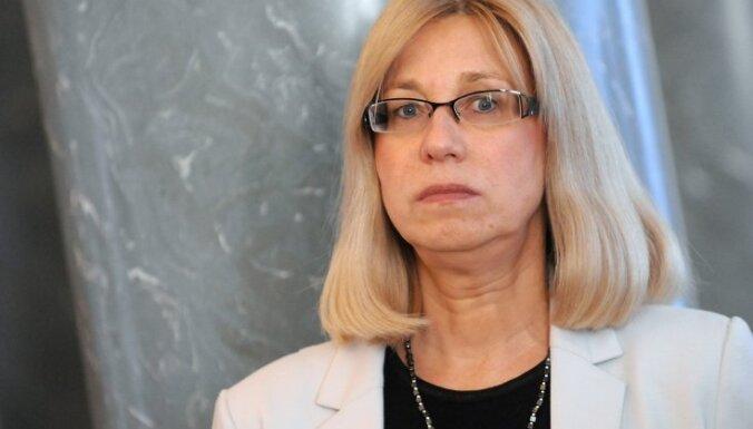 Друвиете: никаких российских школ в Латвии не будет