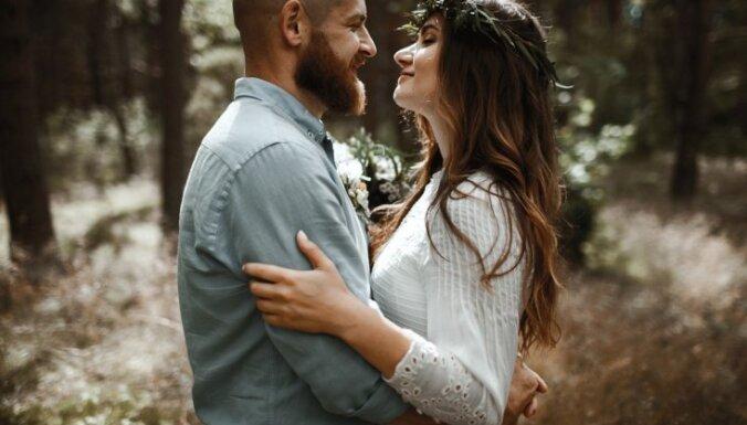 Bildinājums Grieķijā un kopdzīve tikai pēc kāzām: jauno Ašnevicu stāsts