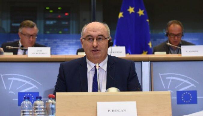 Еврокомиссар подал в отставку из-за скандала, связанного с нарушением режима карантина