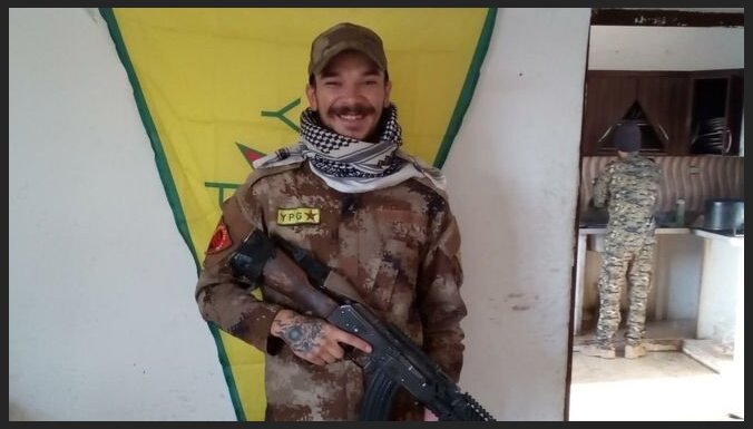 Воевавшему против ИГ британцу предъявили обвинения на родине