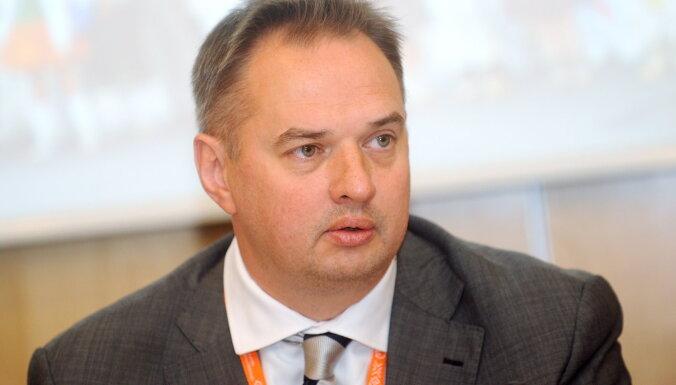 No amata atstādina Rīgas izpilddirektoru Juri Radzeviču
