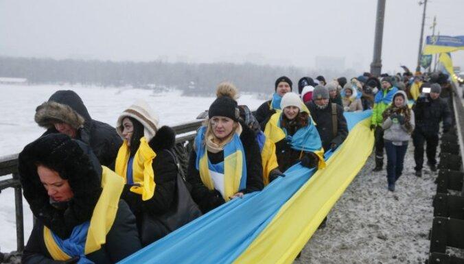 Bijušais Islandes ārlietu ministrs: Ukrainai pašai jāsaved kārtībā sava valsts
