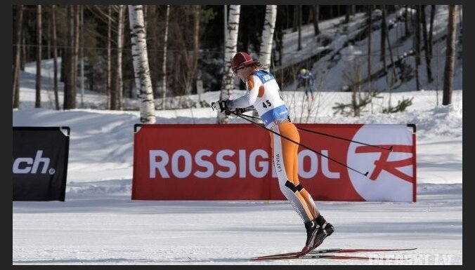 Distanču slēpotājs Liepiņš izmēģinās spēkus biatlonā