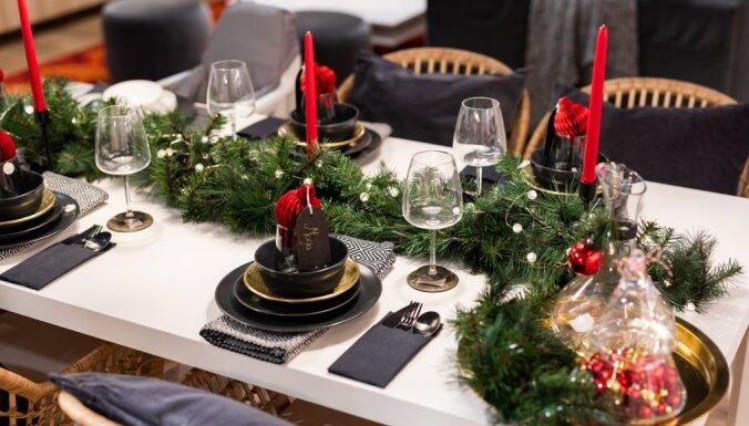 Sešas idejas skaistam Ziemassvētku galda klājumam