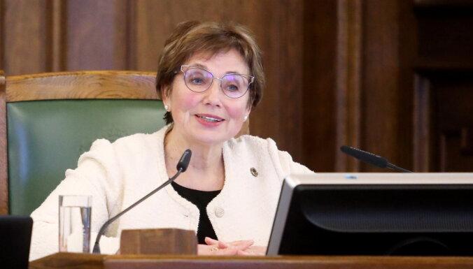Beitnere-Le Galla aicina Kariņu nodrošināt pašas pārstāvētās partijas ministru vakcinēšanu