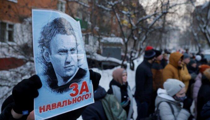 """Задержанные у колонии с Навальным активисты """"Альянса врачей"""" арестованы"""