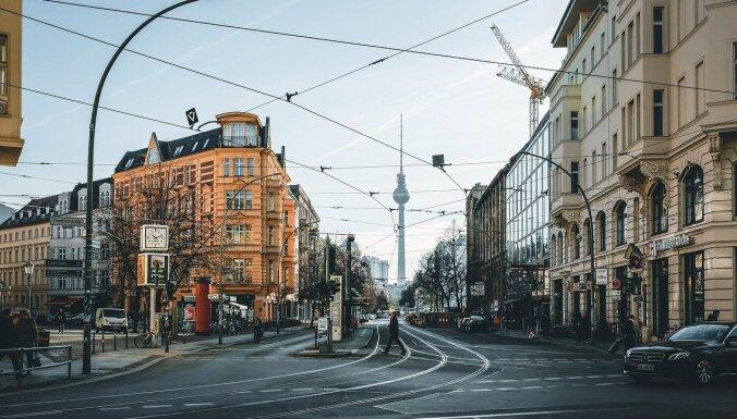 Жителям Берлина запретили ходить по магазинам и музеям без теста на Covid-19
