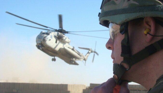 Lielbritānija domā par karavīru skaita palielināšanu Afganistānā