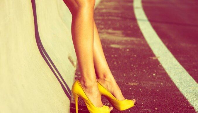 Video: Kā 100 gados mainījusies augstpapēžu kurpju mode