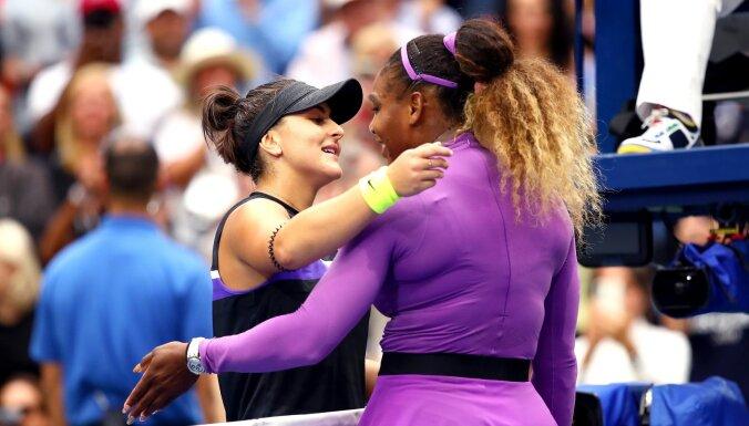 ФОТО, ВИДЕО: 19-летняя Бьянка Андрееску обыграла Серену Уильямс в финале US Open