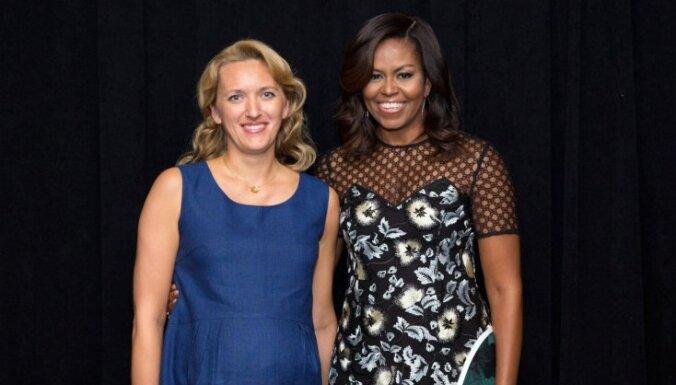 Igaunijas pirmā lēdija tikusies ar Mišelu Obamu