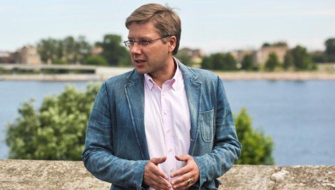 Ušakovs: Obligāti jāizmanto iespēja kļūt par premjeru
