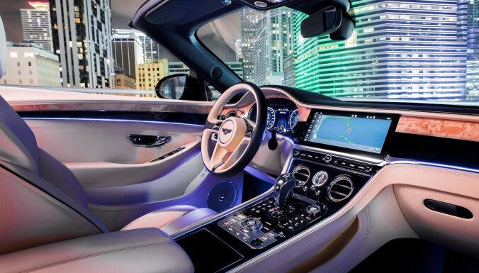 Nosaukti 10 labākie jauno automobiļu interjeri