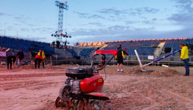 Foto: Majoru stadions atdzimis pēc vētras un gatavs skatītājiem