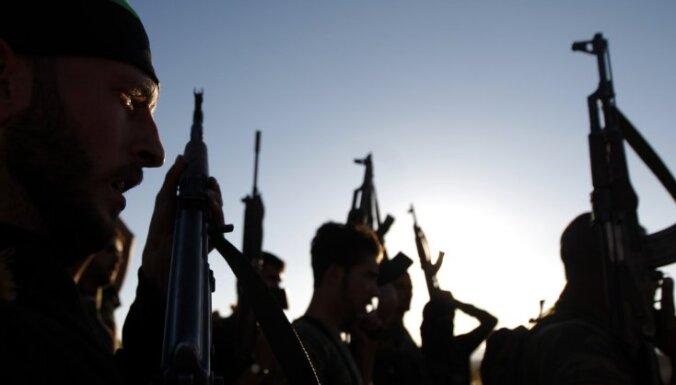 Повстанцы в Сирии захватили автобус с 45 заложниками
