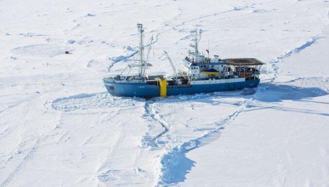 Magnētiskais Ziemeļpols strauji tuvojas Krievijai