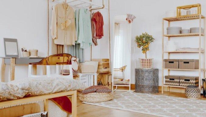 Visa iedzīve mazā dzīvoklī: idejas, kur glabāt mantas