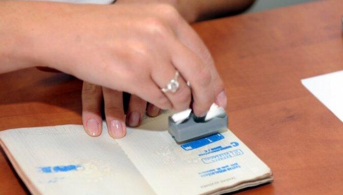 PCTVL: savākti 10 000 paraksti referendumam par pilsonību (19:04)