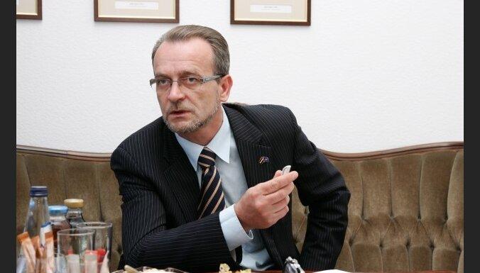 TB/LNNK grib referendumu par Imigrācijas likumu