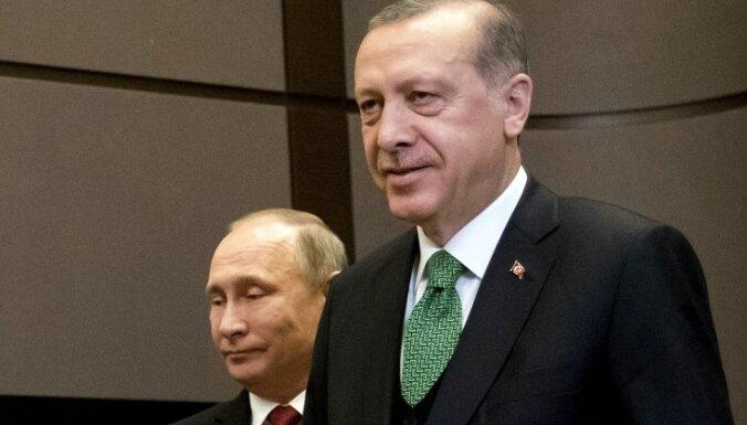 """Эрдоган попросил Путина """"уйти с пути"""" Турции в Сирии"""