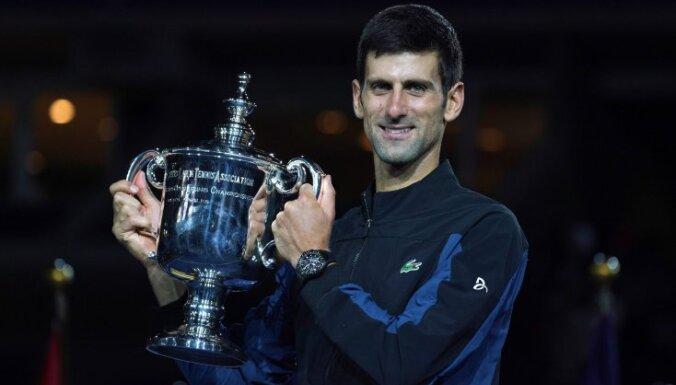 Джокович в третий раз выиграл US Open и сравнялся с легендарным Сампрасом