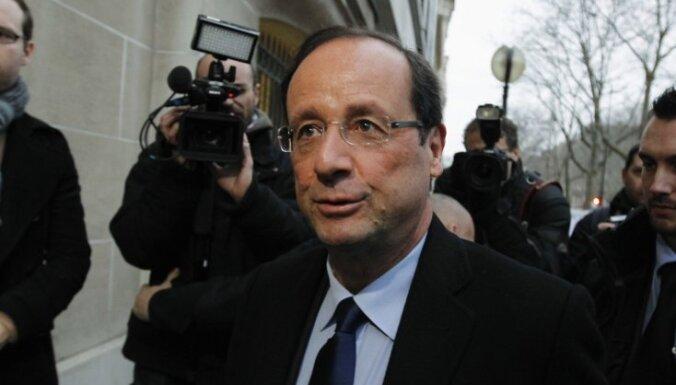 """Президент Франции признался, что у него """"трудный период"""" в личной жизни"""