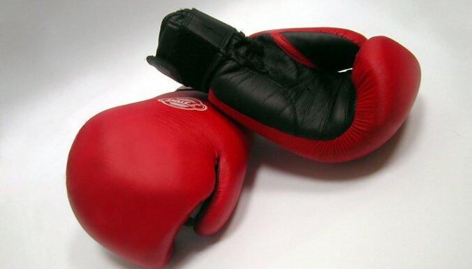 Боксера дисквалифицировали за угрозу жизни рефери